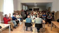 """""""Biogazownia zatruwa nam życie"""". Fetor w Tragaminie i burzliwe spotkanie z prezesem OHZ."""