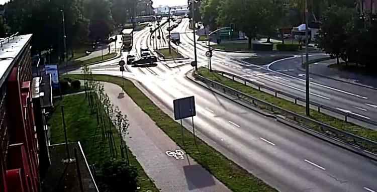 Kierowca wjechał na czerwonym?