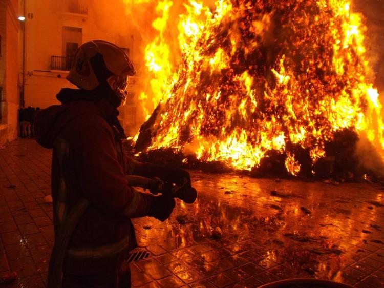 Pożar w magazynie i kuchni - raport sztumskich służb mundurowych.