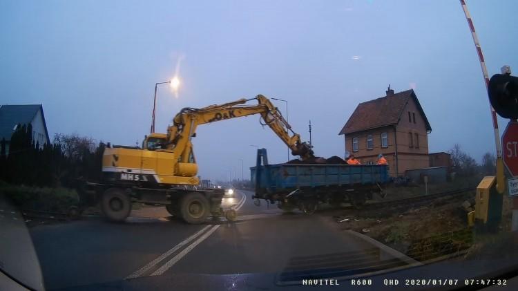 Coś się ruszyło na modernizowanej linii kolejowej 207 Malbork – Kwidzyn.