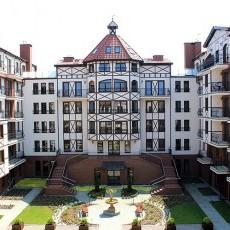 Apartamenty Continental położone są w Krynicy Morskiej, zaledwie 80 m od morza i 400m od centrum.
